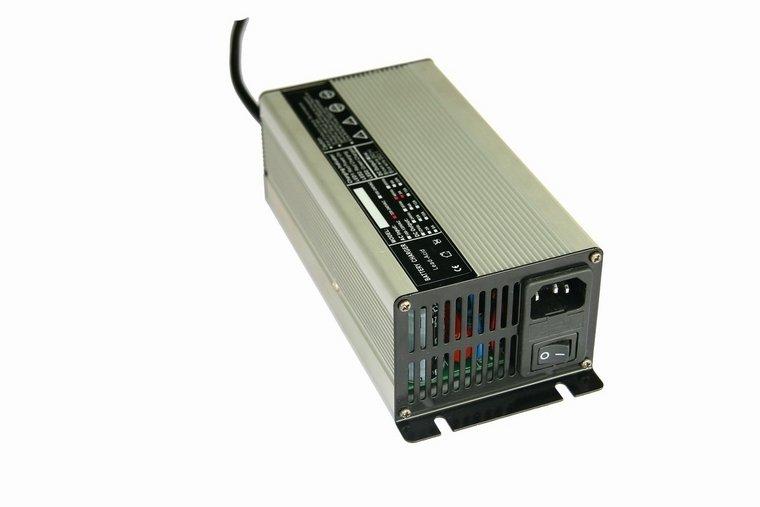 LiFePO4 acculader 29.2 Volt / 10 Ampère