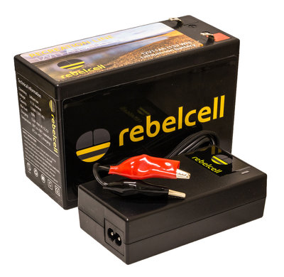 Rebelcell 12v 11Ah Angling li-ion Accu met li-ion 4A acculader